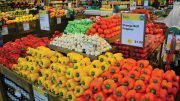 Sweet Peppers Bring Sales With Color Variety