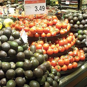 Raley's Avocados & Tomatoes
