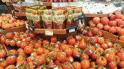8 Tips to Selling Tomatoes